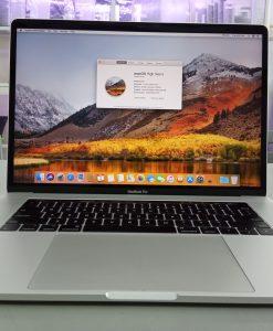 Macbook Pro 15 inch 2017 MPTV2